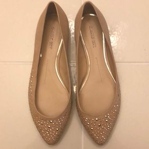 Gianni Bini studded flats in tan